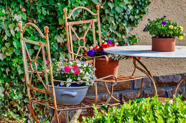 Zahradní posezení, nábytek