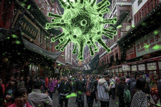 Vystrašení lidé v ulicích kvůli koronaviru
