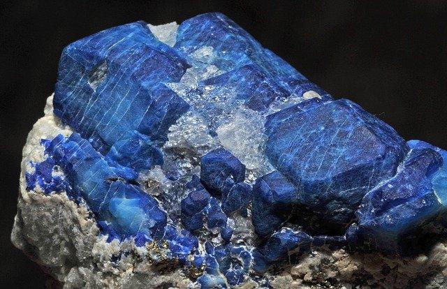 zvláštní krystal